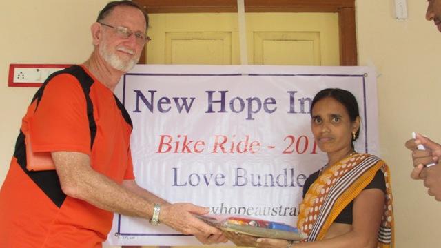 Bike Ride Nov 2014 - Love Bundles - Leper.JPG